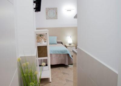 Apartamento-203-alojamientos-isabel-los-prados-malaga-2